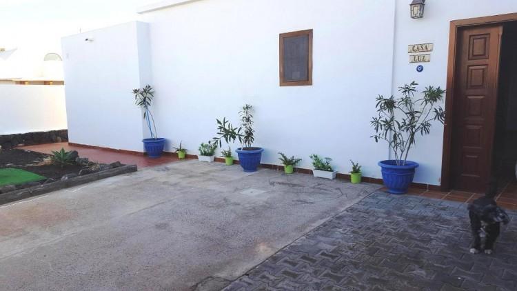 3 Bed  Villa/House for Sale, Playa Blanca, Lanzarote - LA-LA790s 6