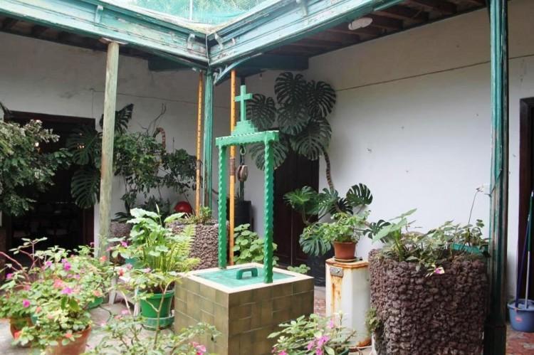 8 Bed  Country House/Finca for Sale, Haria, Lanzarote - LA-LA651s 6