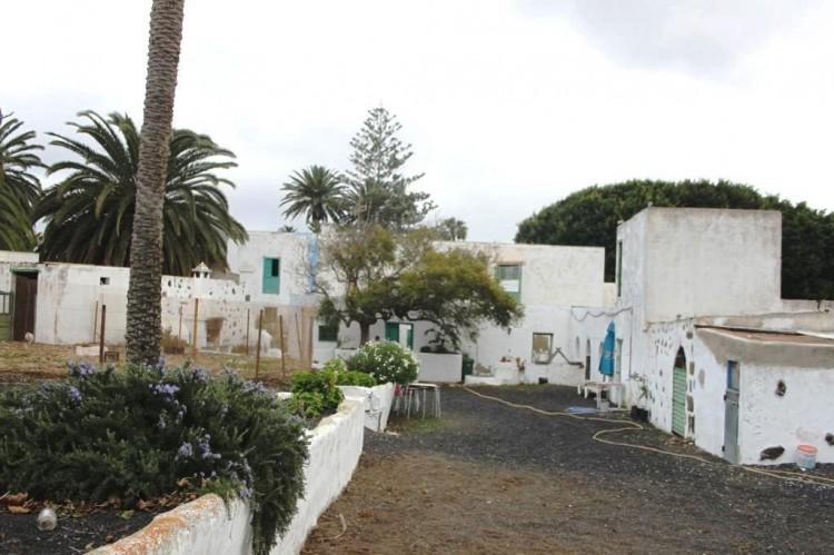 8 Bed  Country House/Finca for Sale, Haria, Lanzarote - LA-LA651s 7