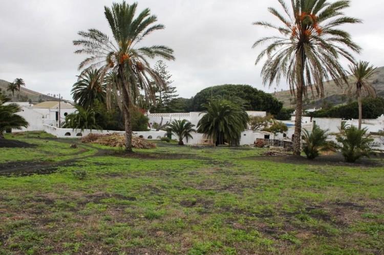 8 Bed  Country House/Finca for Sale, Haria, Lanzarote - LA-LA651s 8