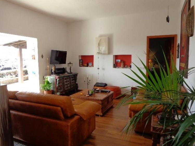 2 Bed  Villa/House for Sale, Tahiche, Lanzarote - LA-LA351s 4