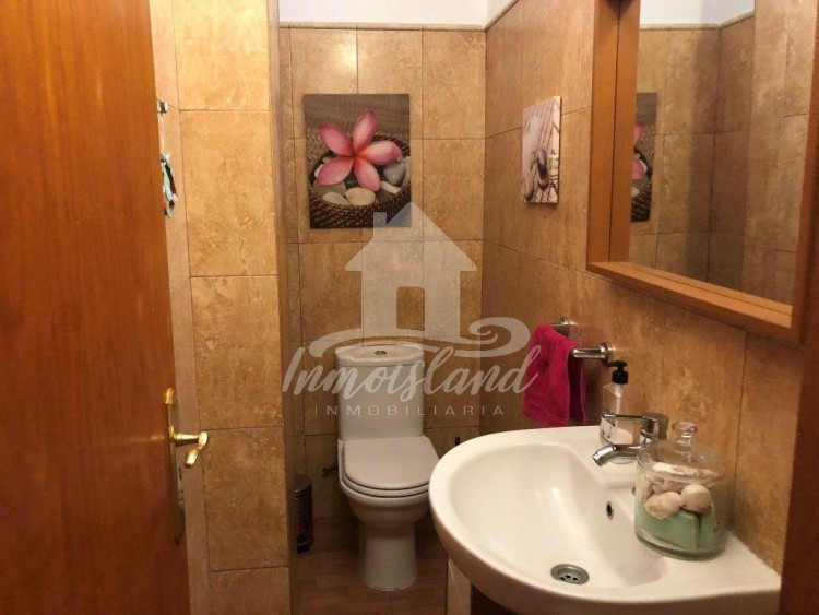 4 Bed  Flat / Apartment for Sale, Arona, Santa Cruz de Tenerife, Tenerife - IN-280 19