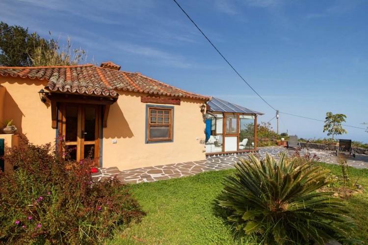 4 Bed  Villa/House for Sale, Las Ledas, Breña Alta, La Palma - LP-BA60 6