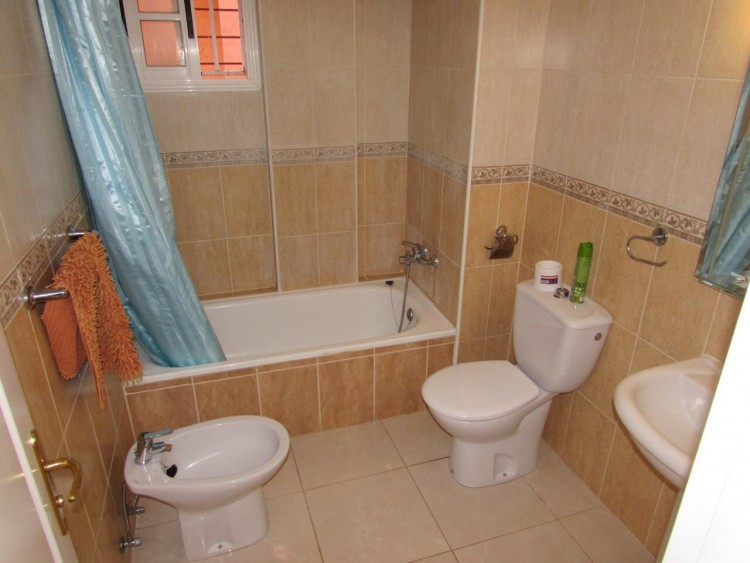 1 Bed  Flat / Apartment to Rent, Arona, Santa Cruz de Tenerife, Tenerife - IN-284 19