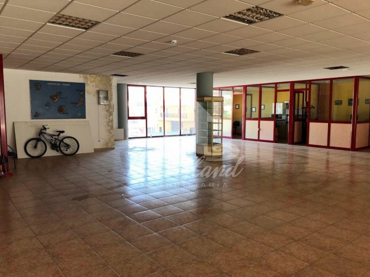 Commercial to Rent, Arona, Santa Cruz de Tenerife, Tenerife - IN-283 11