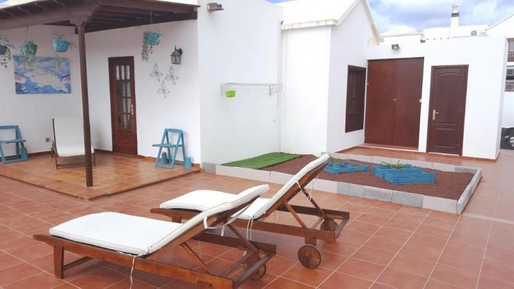 3 Bed  Villa/House for Sale, Playa Blanca, Lanzarote - LA-LA825s 2