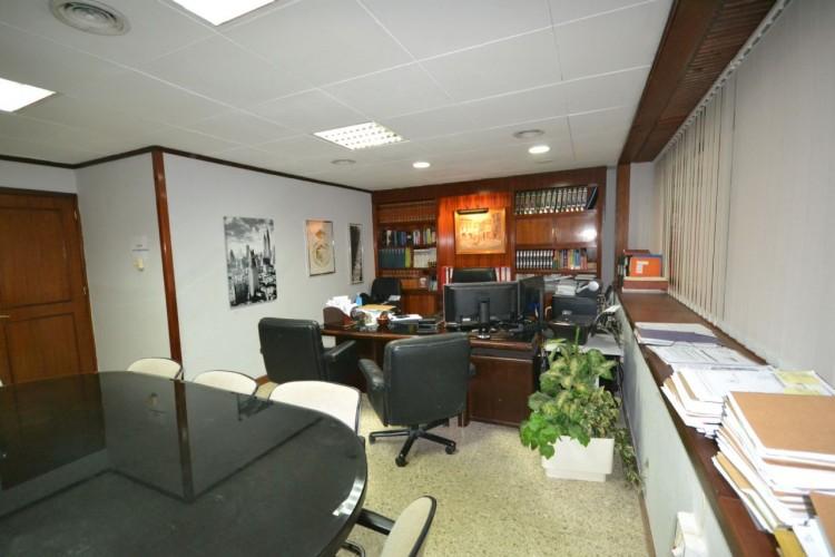 2 Bed  Commercial to Rent, Santa Cruz de Tenerife, Tenerife - PR-OFI0004AMC 1