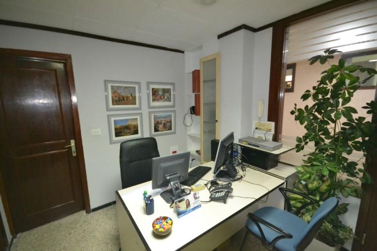 2 Bed  Commercial to Rent, Santa Cruz de Tenerife, Tenerife - PR-OFI0004AMC 2