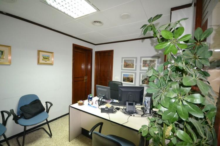 2 Bed  Commercial to Rent, Santa Cruz de Tenerife, Tenerife - PR-OFI0004AMC 3