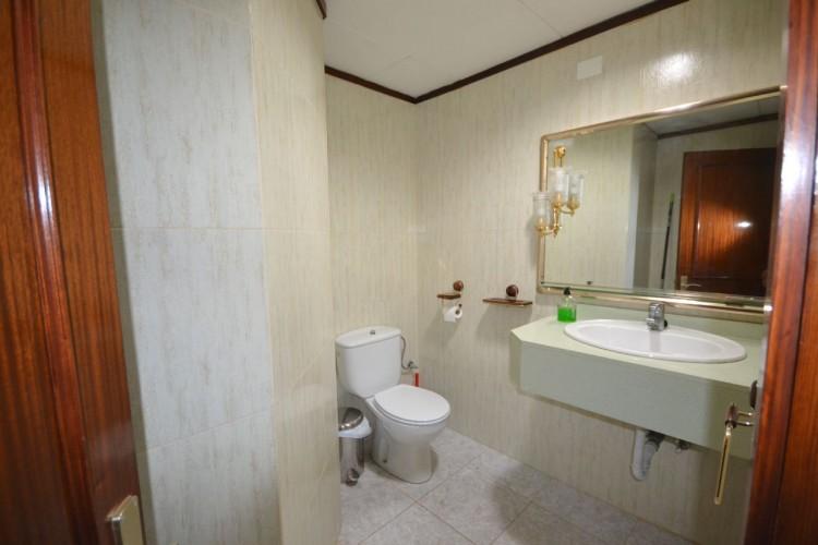 2 Bed  Commercial to Rent, Santa Cruz de Tenerife, Tenerife - PR-OFI0004AMC 9