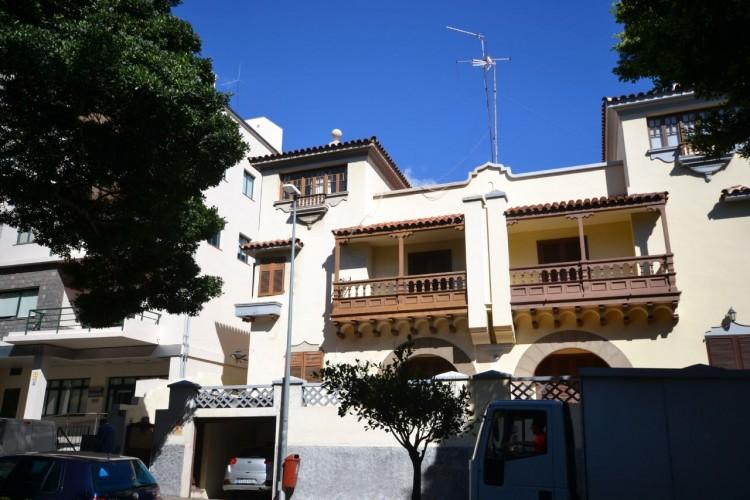 5 Bed  Villa/House for Sale, Santa Cruz de Tenerife, Tenerife - PR-CHA0001VMC 1
