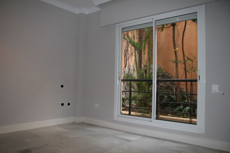 5 Bed  Flat / Apartment for Sale, Santa Cruz de Tenerife, Tenerife - PR-PIS0128VDV 11