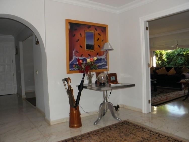 4 Bed  Villa/House for Sale, Puerto de la Cruz, Santa Cruz de Tenerife, Tenerife - PR-LUX0121VDV 13