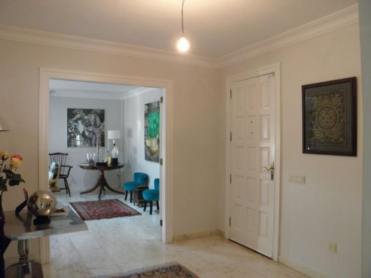 4 Bed  Villa/House for Sale, Puerto de la Cruz, Santa Cruz de Tenerife, Tenerife - PR-LUX0121VDV 14