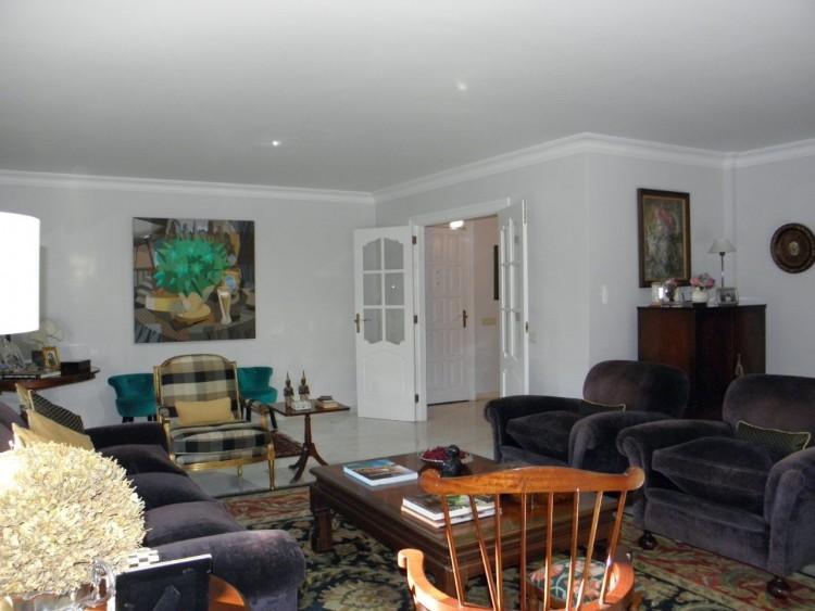 4 Bed  Villa/House for Sale, Puerto de la Cruz, Santa Cruz de Tenerife, Tenerife - PR-LUX0121VDV 17
