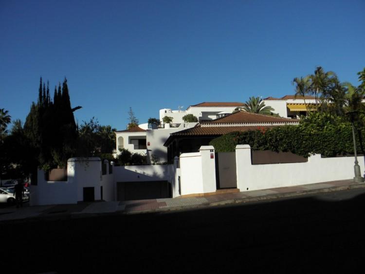 4 Bed  Villa/House for Sale, Puerto de la Cruz, Santa Cruz de Tenerife, Tenerife - PR-LUX0121VDV 3