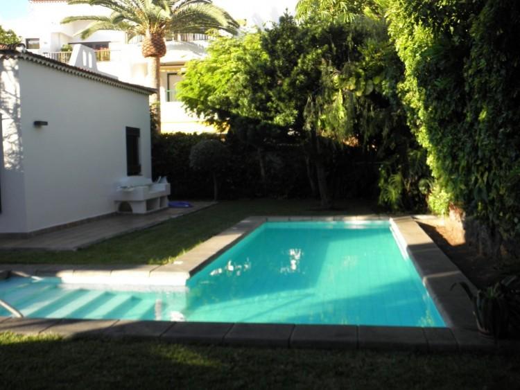 4 Bed  Villa/House for Sale, Puerto de la Cruz, Santa Cruz de Tenerife, Tenerife - PR-LUX0121VDV 6