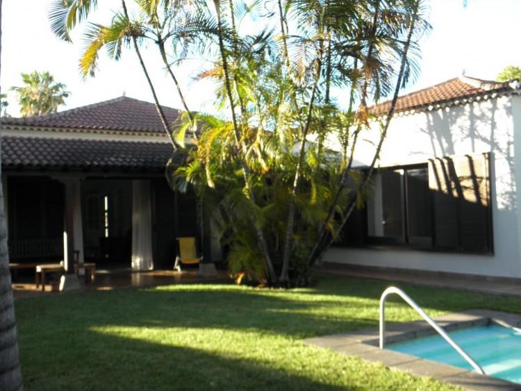 4 Bed  Villa/House for Sale, Puerto de la Cruz, Santa Cruz de Tenerife, Tenerife - PR-LUX0121VDV 9
