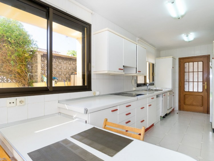 4 Bed  Villa/House for Sale, Puerto de la Cruz, Santa Cruz de Tenerife, Tenerife - PR-CHA0282VDV 15