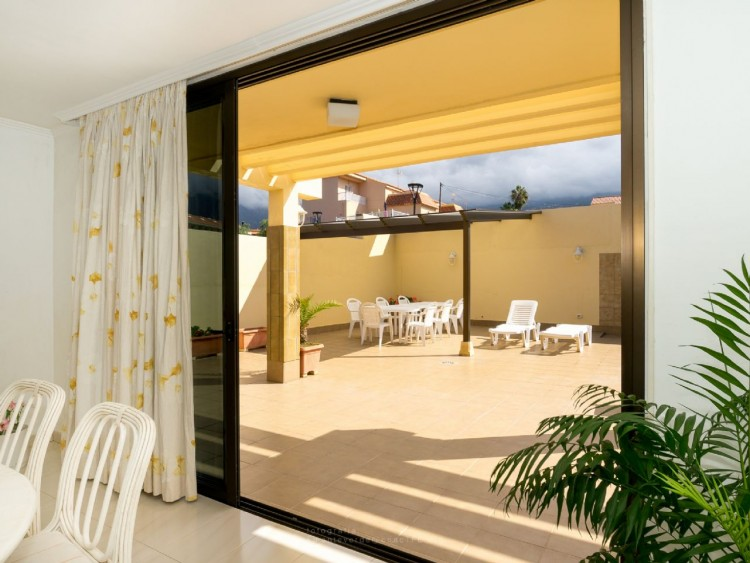 4 Bed  Villa/House for Sale, Puerto de la Cruz, Santa Cruz de Tenerife, Tenerife - PR-CHA0282VDV 3
