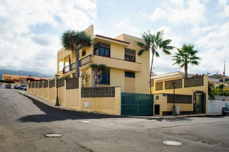 4 Bed  Villa/House for Sale, Puerto de la Cruz, Santa Cruz de Tenerife, Tenerife - PR-CHA0282VDV 7
