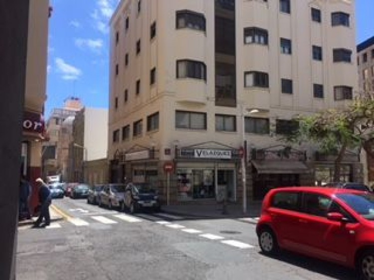 5 Bed  Commercial to Rent, Santa Cruz de Tenerife, Tenerife - PR-OFI0103ADV 1