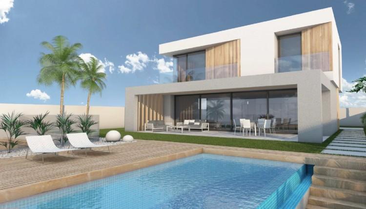 4 Bed  Villa/House for Sale, El Rosario, Santa Cruz de Tenerife, Tenerife - PR-CHA0126VKH 1