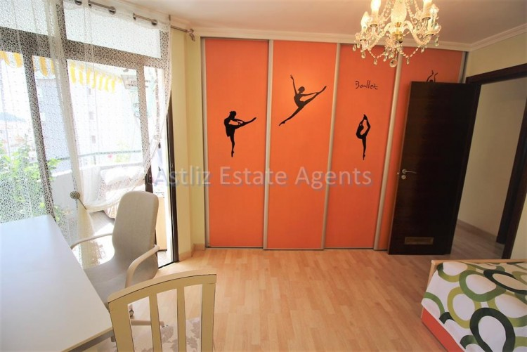 2 Bed  Flat / Apartment for Sale, Los Cristianos, Arona, Tenerife - AZ-1301 11
