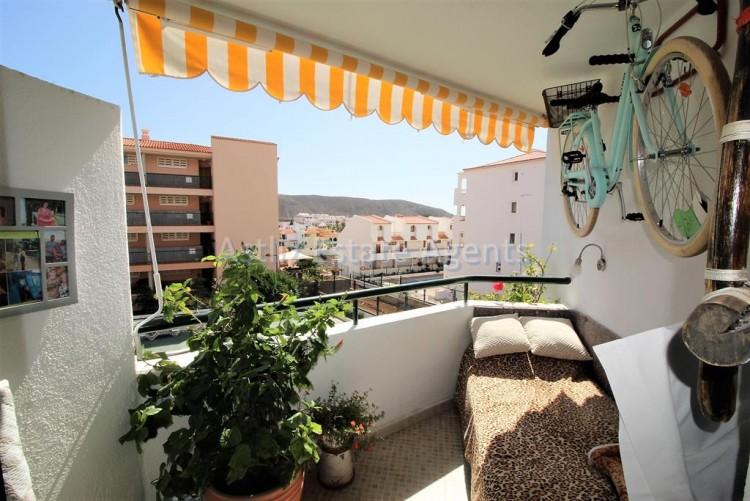 2 Bed  Flat / Apartment for Sale, Los Cristianos, Arona, Tenerife - AZ-1301 13