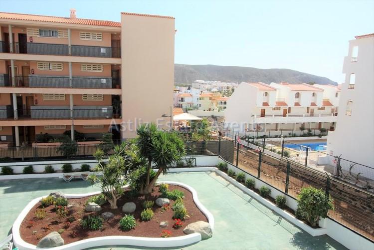 2 Bed  Flat / Apartment for Sale, Los Cristianos, Arona, Tenerife - AZ-1301 14