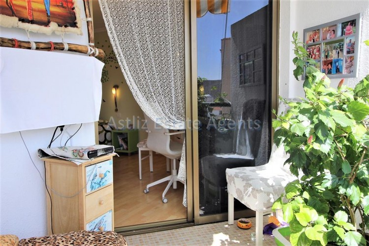 2 Bed  Flat / Apartment for Sale, Los Cristianos, Arona, Tenerife - AZ-1301 15