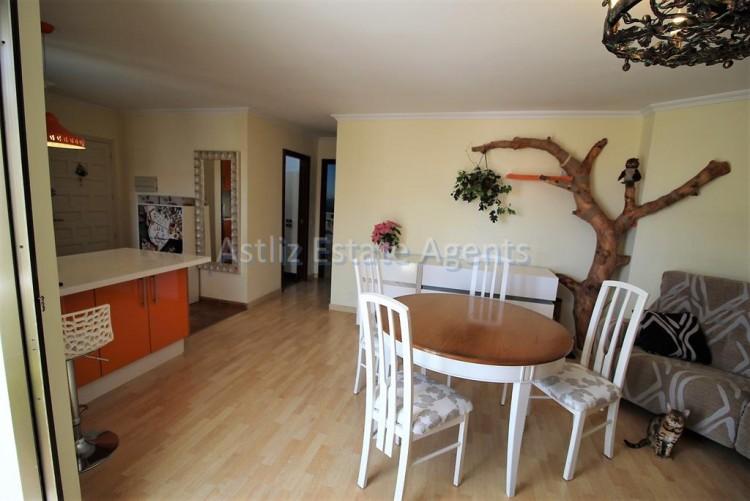 2 Bed  Flat / Apartment for Sale, Los Cristianos, Arona, Tenerife - AZ-1301 19