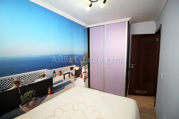 2 Bed  Flat / Apartment for Sale, Los Cristianos, Arona, Tenerife - AZ-1301 2