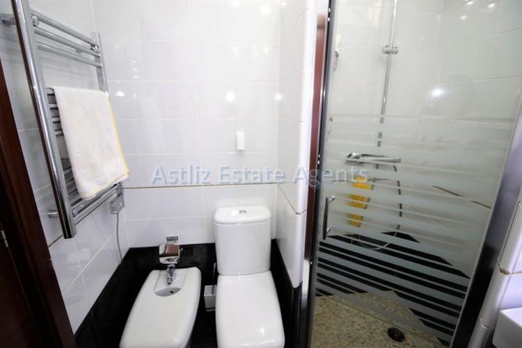 2 Bed  Flat / Apartment for Sale, Los Cristianos, Arona, Tenerife - AZ-1301 7