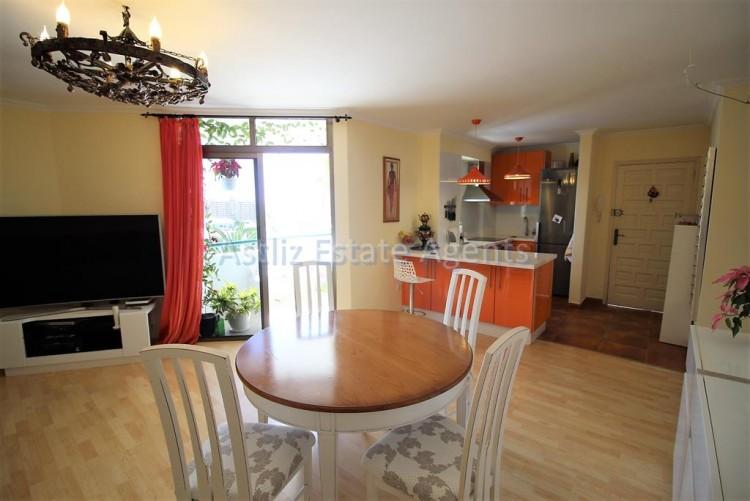2 Bed  Flat / Apartment for Sale, Los Cristianos, Arona, Tenerife - AZ-1301 9