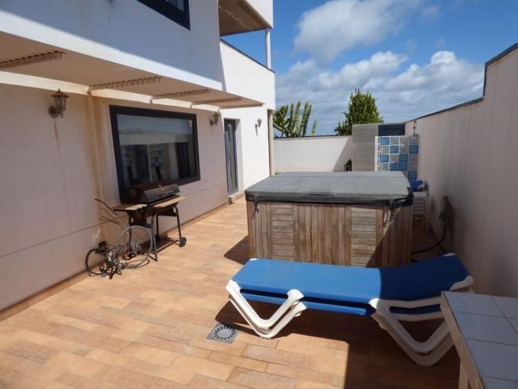 2 Bed  Flat / Apartment for Sale, Costa Calma, Las Palmas, Fuerteventura - DH-VPTAPCC2JA33-41A-29 1
