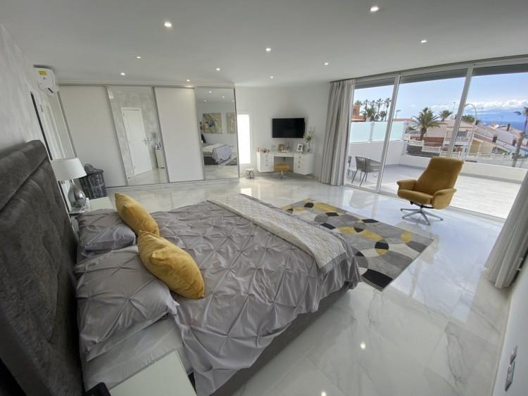 4 Bed  Villa/House for Sale, San Eugenio Alto, Adeje, Tenerife - MP-V0688-4 12