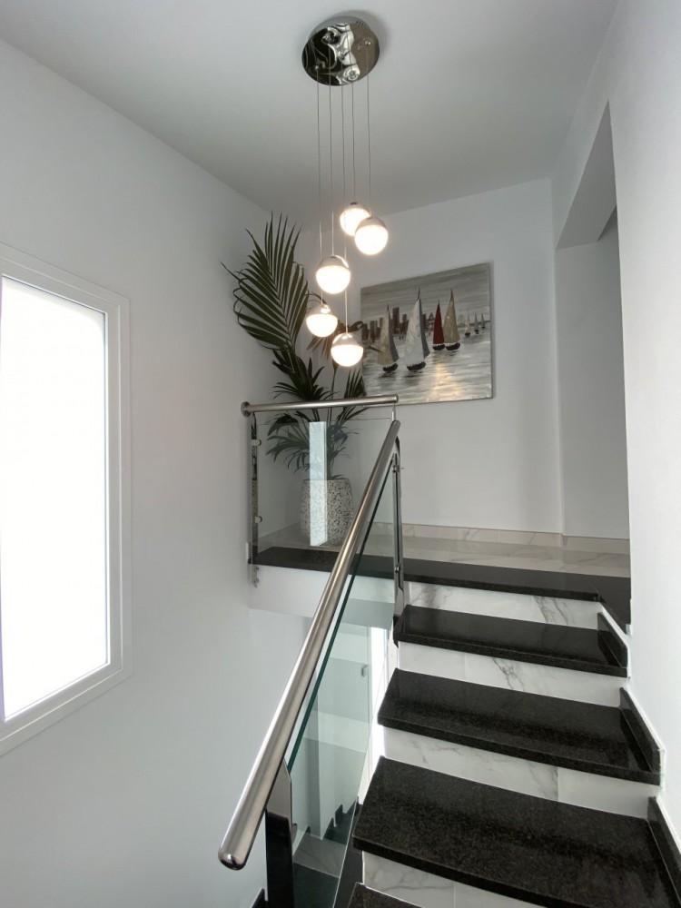 4 Bed  Villa/House for Sale, San Eugenio Alto, Adeje, Tenerife - MP-V0688-4 15