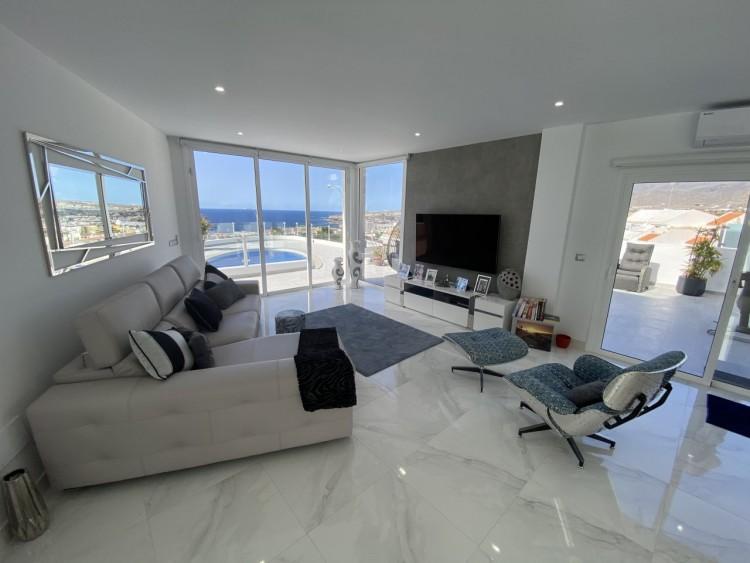 4 Bed  Villa/House for Sale, San Eugenio Alto, Adeje, Tenerife - MP-V0688-4 4