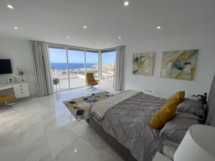 4 Bed  Villa/House for Sale, San Eugenio Alto, Adeje, Tenerife - MP-V0688-4 5