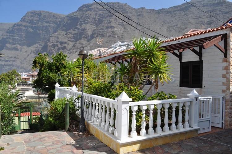 2 Bed  Villa/House for Sale, Los Gigantes, Santiago Del Teide, Tenerife - AZ-1308 4
