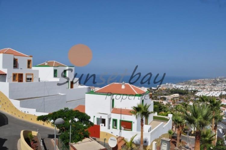 4 Bed  Villa/House for Sale, San Eugenio, Tenerife - SB-SB-196 4