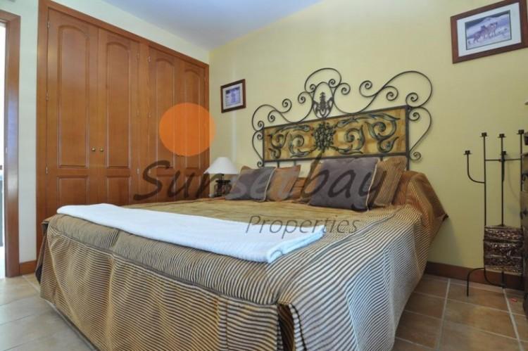 4 Bed  Villa/House for Sale, San Eugenio, Tenerife - SB-SB-196 6