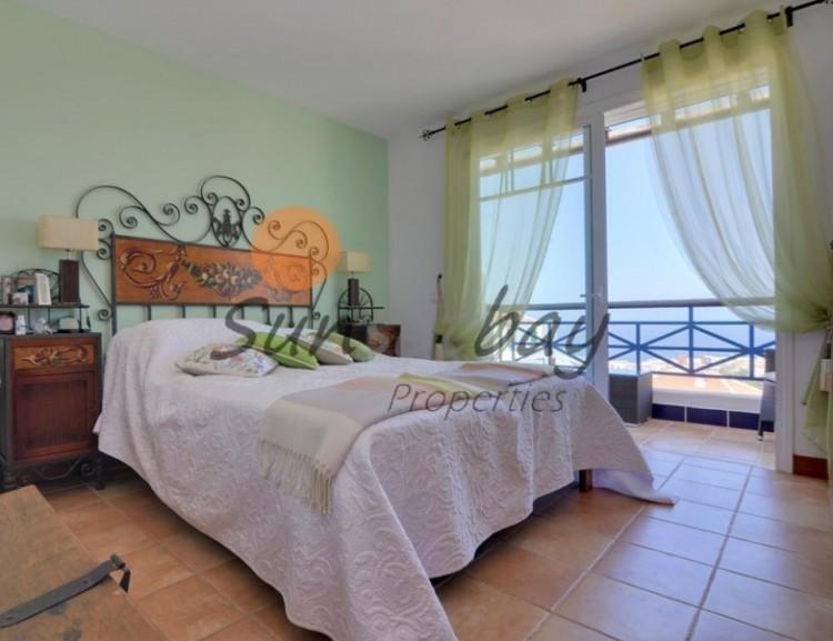 4 Bed  Villa/House for Sale, San Eugenio, Tenerife - SB-SB-196 9