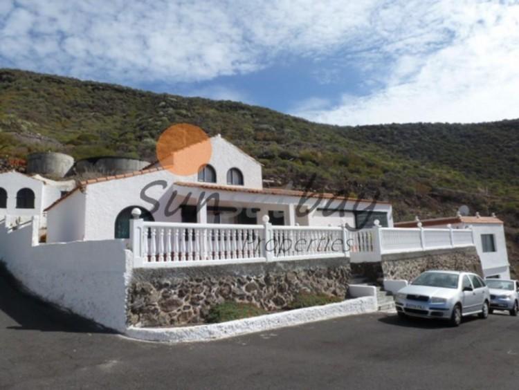 4 Bed  Villa/House for Sale, La Caldera, Tenerife - SB-SB-184 1