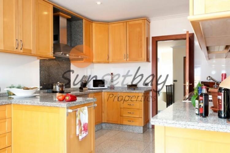 4 Bed  Villa/House for Sale, Playa de La Arena, Tenerife - SB-SB-180 3