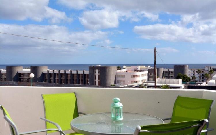 2 Bed  Flat / Apartment for Sale, Puerto Del Carmen, Lanzarote - LA-LA837s 2