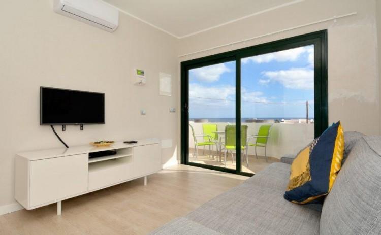 2 Bed  Flat / Apartment for Sale, Puerto Del Carmen, Lanzarote - LA-LA837s 3