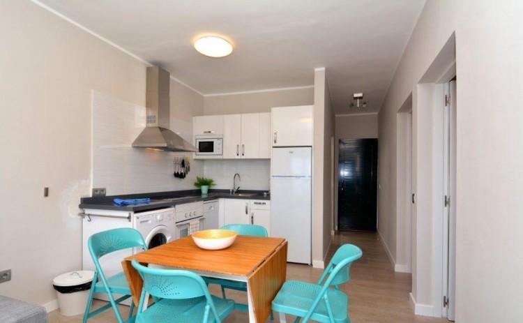 2 Bed  Flat / Apartment for Sale, Puerto Del Carmen, Lanzarote - LA-LA837s 6