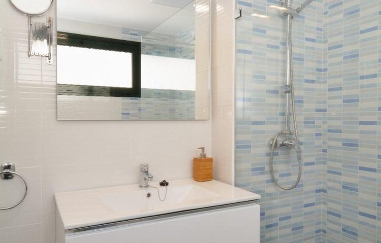 2 Bed  Flat / Apartment for Sale, Puerto Del Carmen, Lanzarote - LA-LA837s 8